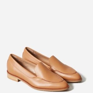 Everlane tan leather shoes 10.5 loafers